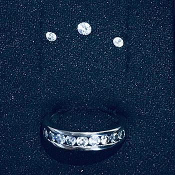 11-anel-de-ouro-branco-com-diamantes